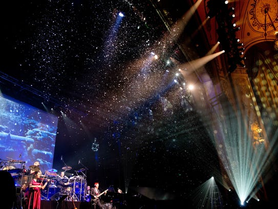 Mannheim Steamroller's multimedia holiday shows have