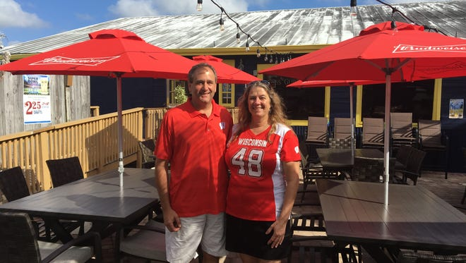 Paul and Laura Reis opened Anchor In in North Fort Myers in November.