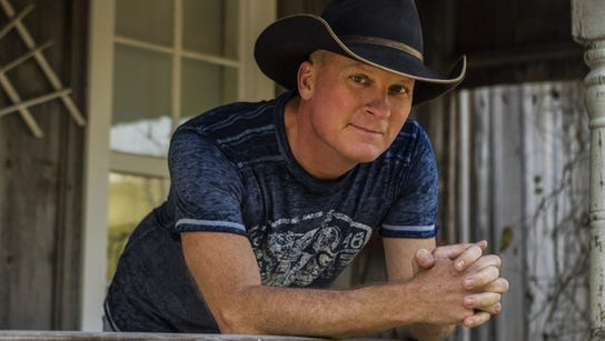 Texas country artist Kevin Fowler will perform Friday