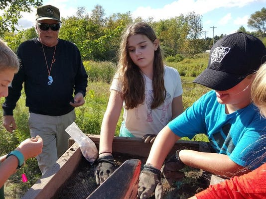 dcn 1004 crossroads student archaeology