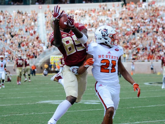 Florida State's Keith Gavin (89) makes the catch as