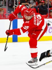 Red Wings defenseman Niklas Kronwall (55) takes a shot