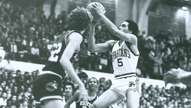 Kevin Smith was a first-team All-Big Ten selection in 1982, but his career was spent on losing teams.
