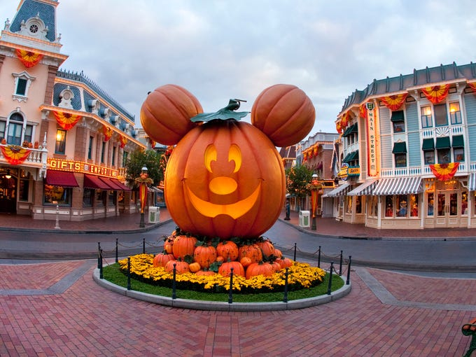 tickets now on sale for mickeys halloween party