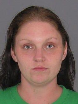 Jessica Schmidt, 27