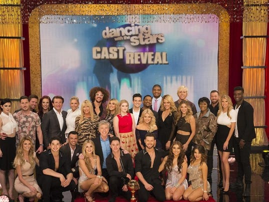 FRONT: ERIN ANDREWS, DANCER, TONY DOVOLANI, WITNEY CARSON, TOM BERGERON, DANCERS - BACK: RUMER WILLIS, VALENTIN CHMERKOVSKIY, NOAH GALLOWAY, SHARNA BURGESS, ROBERT HERJAVEC, KYM JOHNSON, REDFOO, EMMA SLATER, WILLOW SHIELDS, MARK BALLAS, ALFONSO RIBEIRO, WI