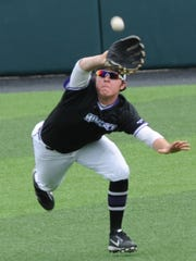 ACU center fielder Colton Eager makes a diving catch