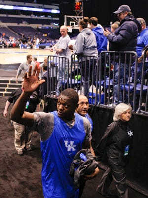 Julius Randle is waving goodbye to the Wildcats and college basketball after a record-setting freshman year.