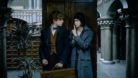 Newt (Eddie Redmayne) and Tina (Katherine Waterston)
