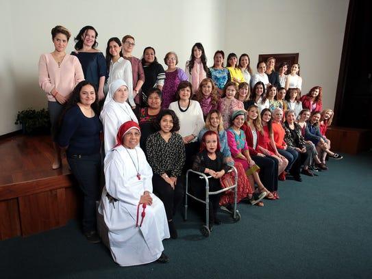 39 mujeres líderes en diferentes campos se reunieron