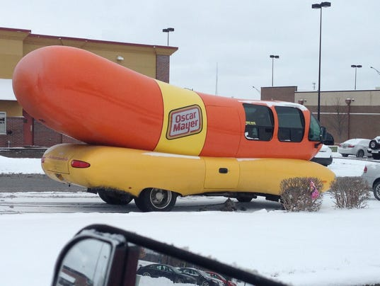 78482 Careful Where You Stick Your Weiner Oscar Mayer Weinermobile Crashes Printthread additionally 23497437 likewise Oscar Mayer Wienermobile Slams Into Pole Snarls Traffic besides Oscar Meyer Wienermobile Crashes In Pennsylvania 292053331 also Oscar Meyer Weinermobile Damaged In Crash. on oscar mayer wienermobile slid off the road