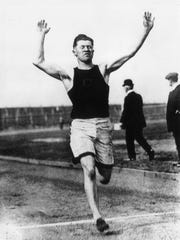 American footballer and athlete Jim Thorpe (1888 - 1953) competing for Carlisle Indian Industrial School at the US Olympic trials in Celtic Park, New York, 18th May 1912. (Photo by Topical Press Agency/Getty Images)