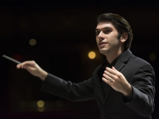 Aram Demirjian conducts the Knoxville Symphony Orchestra in a file photo.