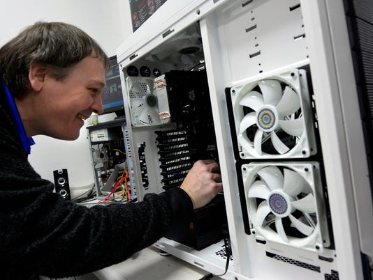PHOTOS: Computer and electronic recycling