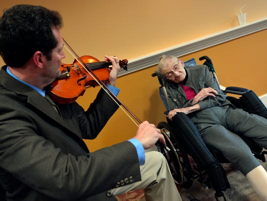 PHOTOS: 104-year-old honored by Orchestra