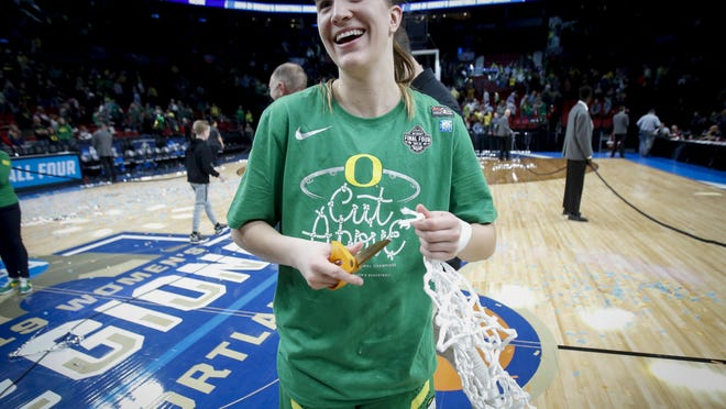 Former Oregon guard Sabrina Ionescu will make her WNBA debut with the New York Liberty on July 25. [Andy Nelson/The Register-Guard] - registerguard.com