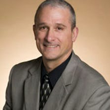 Former Auburn Hills city manager Peter Auger has been selected as Novi's new city manager.
