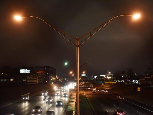 LED-Freeway-Lights-01