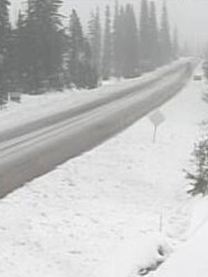 Santiam Pass could see another 20 to 30 inches of snow this weekend.