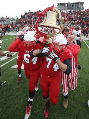 Last year, Wabash College defeated DePauw University 27-3 to win the Monon Bell trophy.