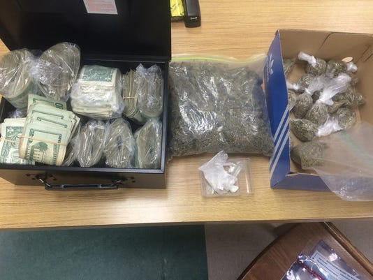 635664178717191150-drugs