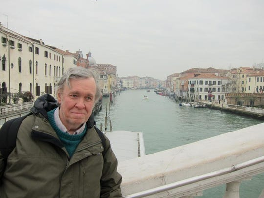 David T. Bailey, an associate professor of history, is being remembered as a generous colleague who loved to discuss ideas over lunch at the Peanur Barrel.