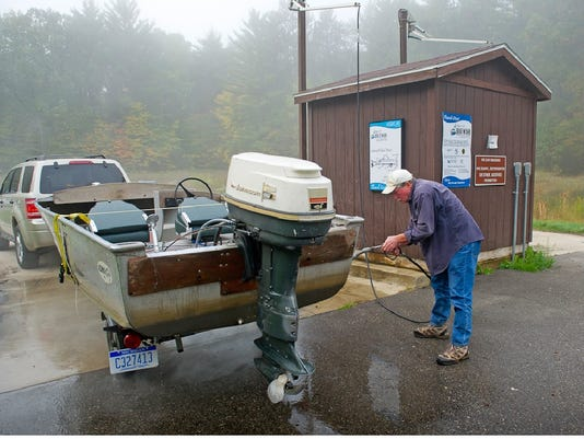 636030702393193875-boat-wash.jpg