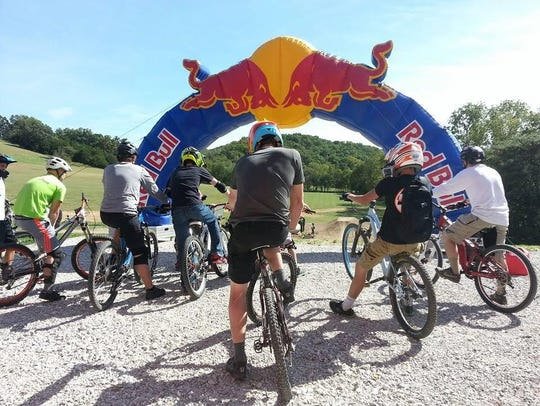 Slopestyle riders prepare to race at the Singletrack