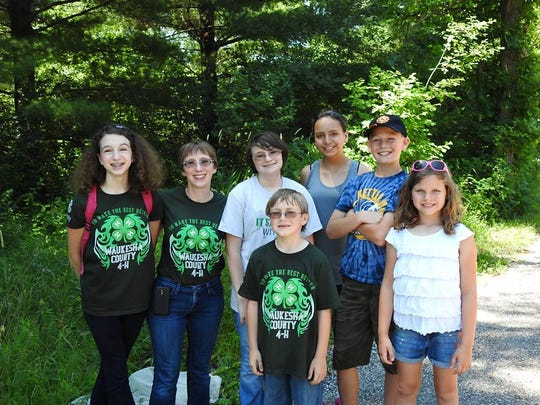 Waukesha County 4-H members participate in a SPIN club focusing on Nature and Ecology. Spin clubs are Special Interest opportunities where youth focus on developing their mastery in areas such as Rube Goldberg, Horseless Horse, NEO (nature and Ecology).