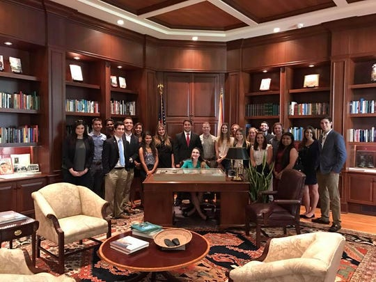Noles Engaged in Politics took a tour of the governor's mansion.