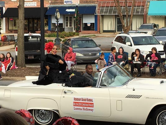 636172307266762838-Loretta-Hollway-Grand-Marshal-in-Belton-Christmas-Parade.jpg