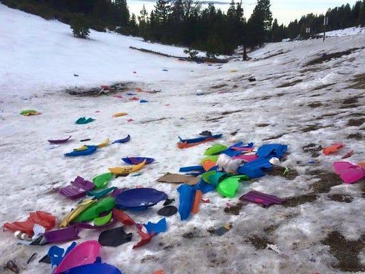 636173219461217421-RENBrd-01-17-2016-RGJ-1-E004--2016-01-15-IMG-Tahoe-sled-trash-jpg-1-1-8ND5EUB8-L744211720-IMG-Tahoe-sled-trash-jpg-1-1-8ND5EUB8.jpg