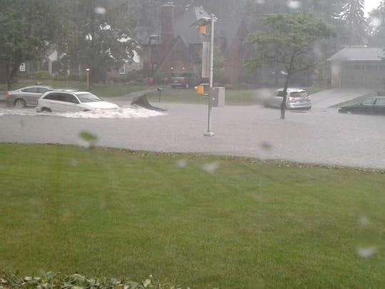 Dahlia Naisha shared this photo of flooding on Eastern Boulevard in Springettsbury Township, near Yorkshire Elementary School.