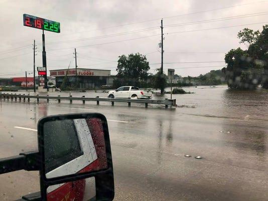 636396265608677720-WFFD-Hurricane-Harvey-response.jpg