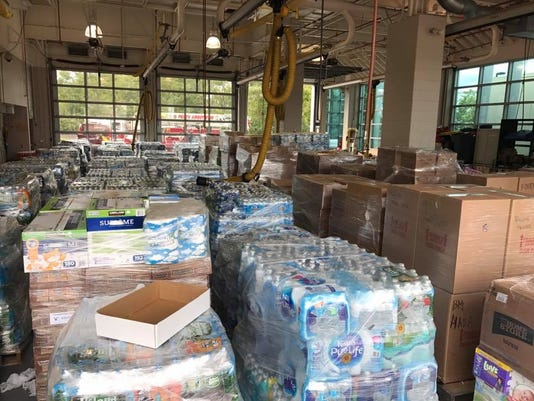 636426432009233047-Perth-Amboy-donations-for-Puerto-Rico-2.jpg