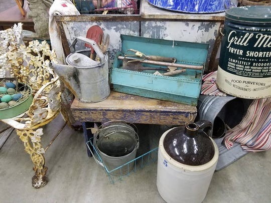 Gathered Treasures Primitive & Antiques Show will be held at the Richland County Fairgrounds Saturday.