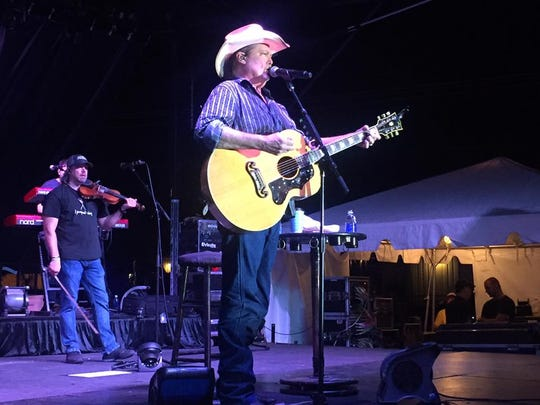 Tracy Lawrence said he is looking forward to performing at the Firefighters' Indian River County Fair on March 11.