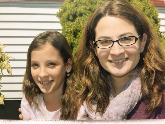 Caitlin Rouwhorst (left), who died in a car accident