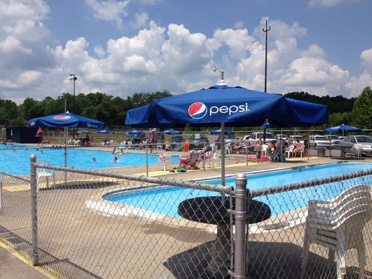 The Olympic-size pool also had a covered picnic area,