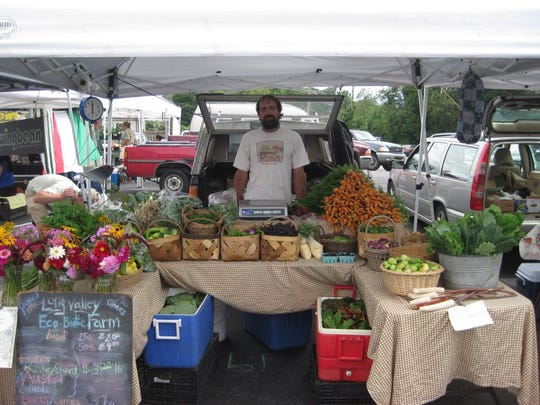 Zeke of Long Valley Eco-Biotic Farm at a local tailgate