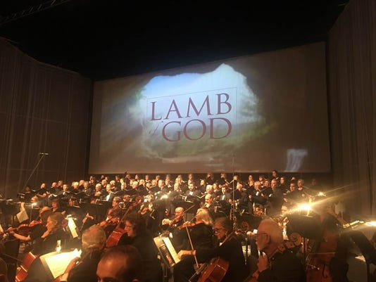 636586240162484882-LambofGodPerformance2018.jpg