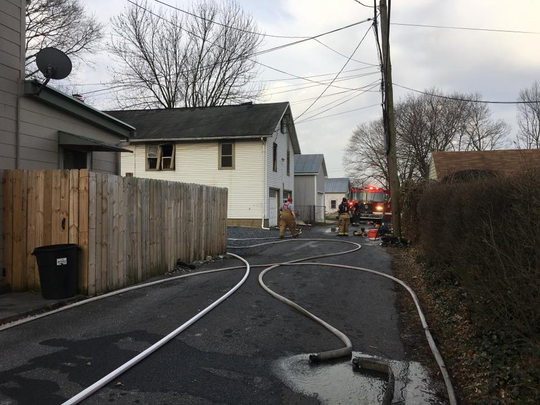 Four cats died in an early-morning fire in Annville on Friday.