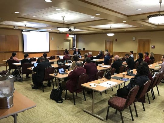 Seminole Club leaders meet for breakout sessions during