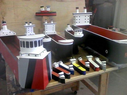 636599982047611156-Freighter-planters.jpg