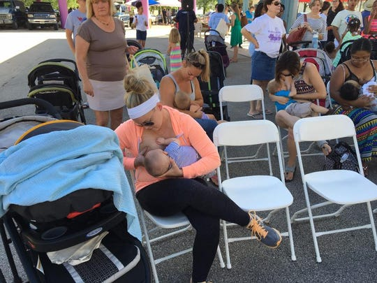 At Global Big Latch-on events, moms across the world latch their babies on to breastfeed at the same time.