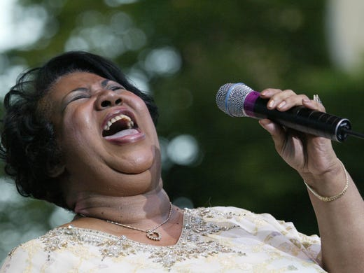 Aretha Franklin performs during the closing of the