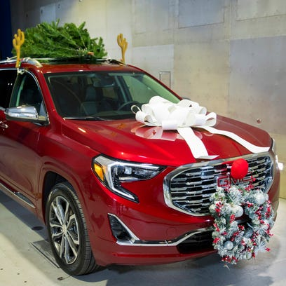 Those fake reindeer antlers on your car are eating up your gas