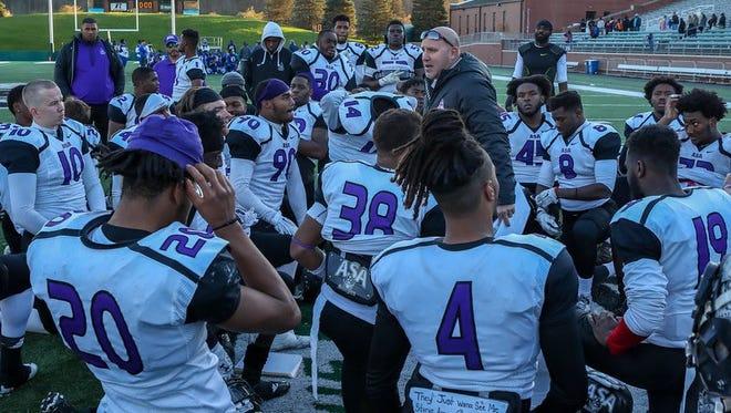 Head coach Joe Osovet and the ASA College Avengers.