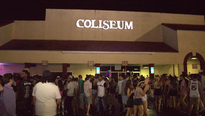 The infamous Coliseum staged its last big hurrah Saturday.