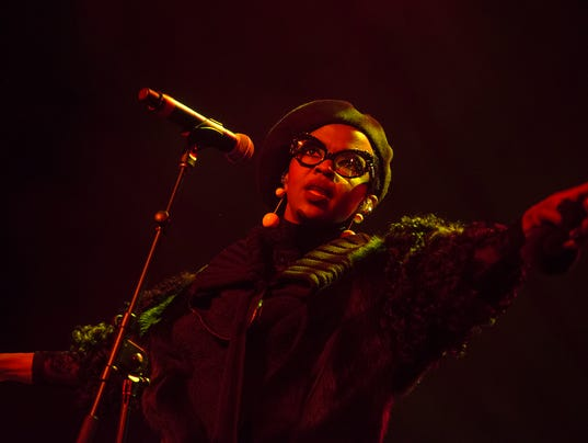 Lauryn Hill takes Riverside stage on time to perform explosive show in Milwaukee